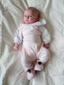 Store Ida-musen - næsten 6 uger gammel