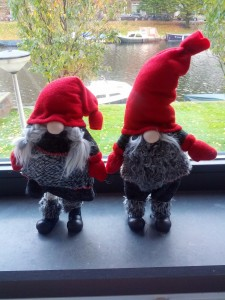 Nisserne er stillet frem - så venter vi bare på resten af julen