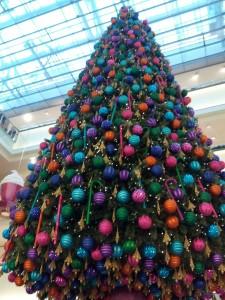 Juletræ i stormagasin