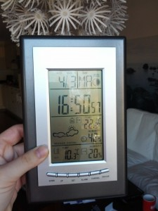 Vejrstationen melder 10 grader og sol!