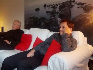 Far og Farfar holder et velfortjent hvil i flytteprocessen