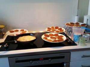 Mor lavede havregrødspandekager til mange dage