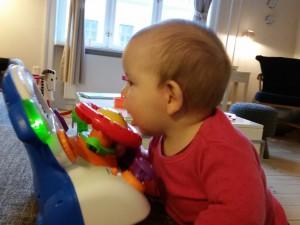 Hmmm, kan der mon komme mælk ud af denne her dut?!