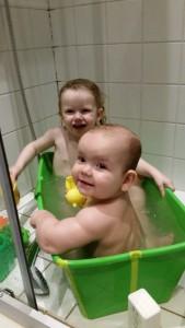 Fælles badefest!