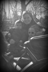 Mor og pigerne i hestevognen