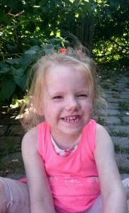 Idas tænder har allerede rettet sig forbløffende meget efter hun har været suttefri i næsten en måned nu