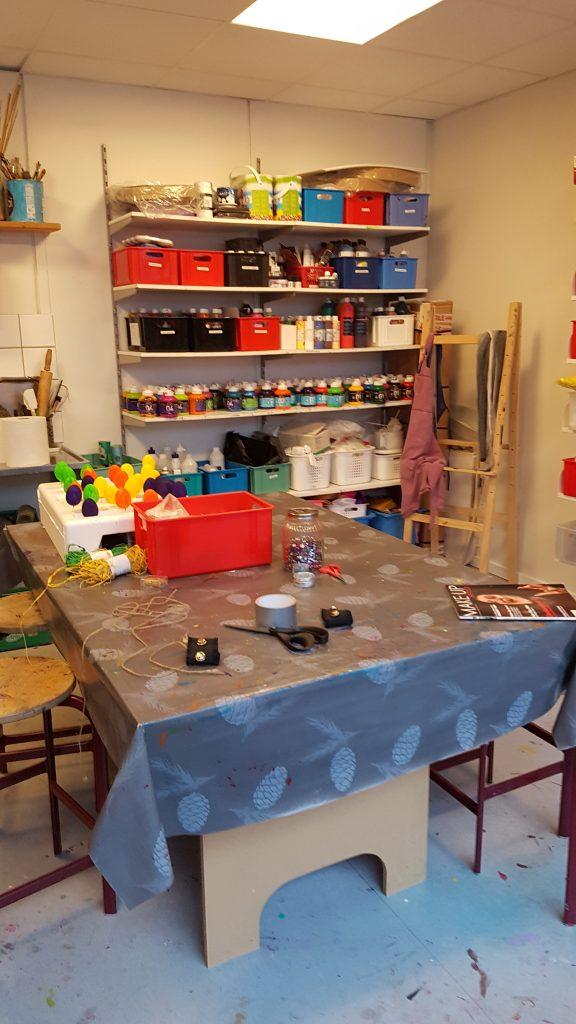 Et af krea-rummene på det nye fritidshjem