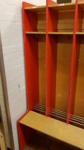 Garderoberne klar til de nye 0. klasser