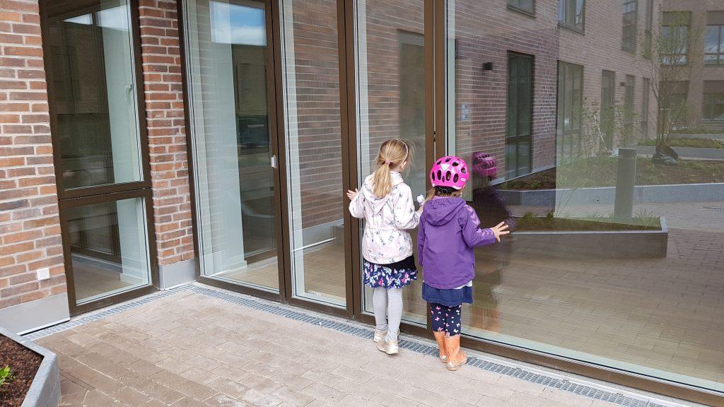 Pigerne glæder sig top-meget til at Nanna og co. rykker ind i Carlsberg byen