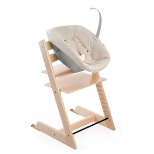 Sådan ser skråstolen ud når den er monteret på en Tripp Trapp stol