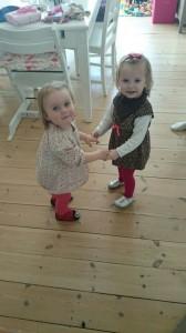 To skønne august-piger