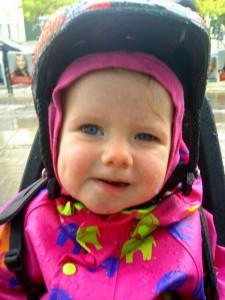 Ida tester sit nye regntøj
