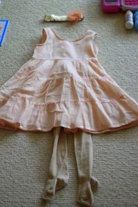 Prinsesse-tøj i lyserød med glimmer og hårbånd fra Tante Anne og Onkel René
