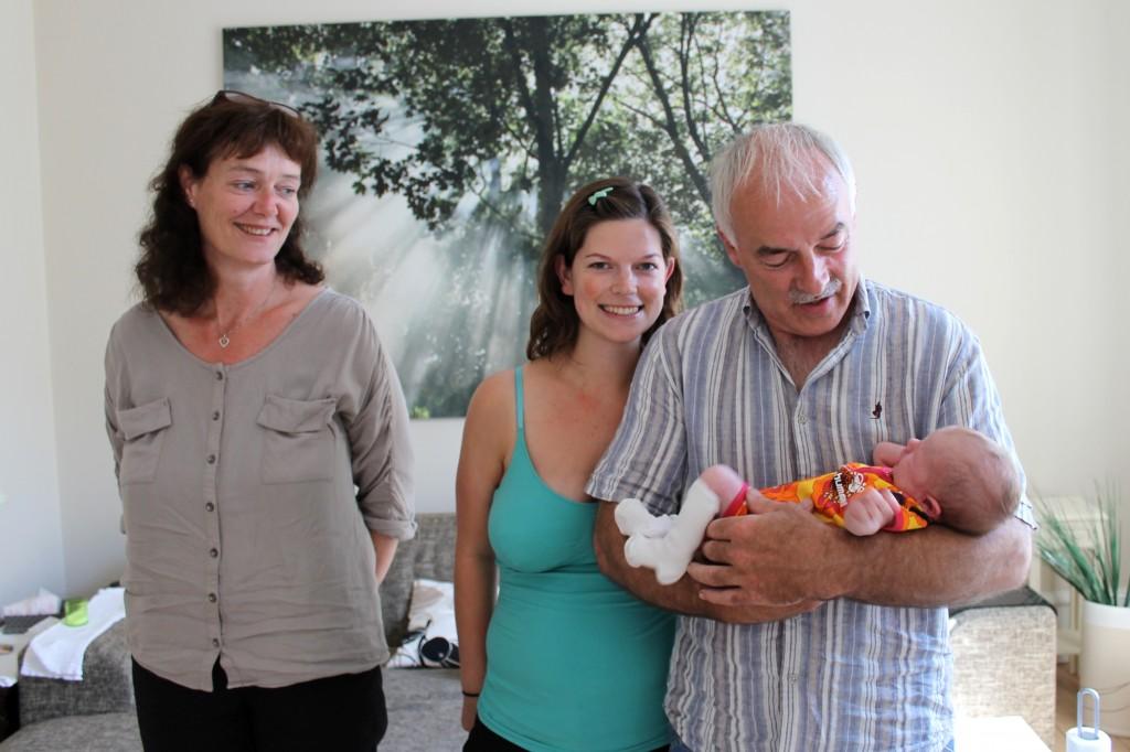 Morfar, Grete, Mor og Ida