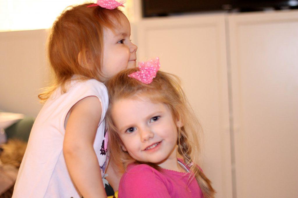 Søstre, som på ingen måde kan undvære hinanden