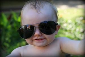 Seje tutten har stjålet fars solbriller