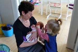 Mormor med de to skønne prinsesser