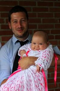Onkel Gudfar René med Dåbsbarnet Maya