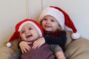 Juletutterne charmeret af Mormor